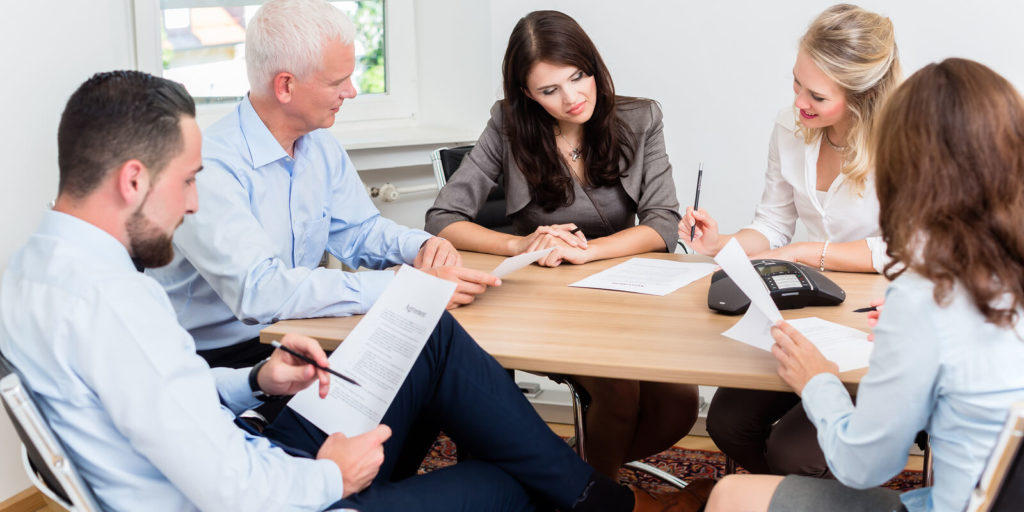 How To Hire The Top Legal Firm